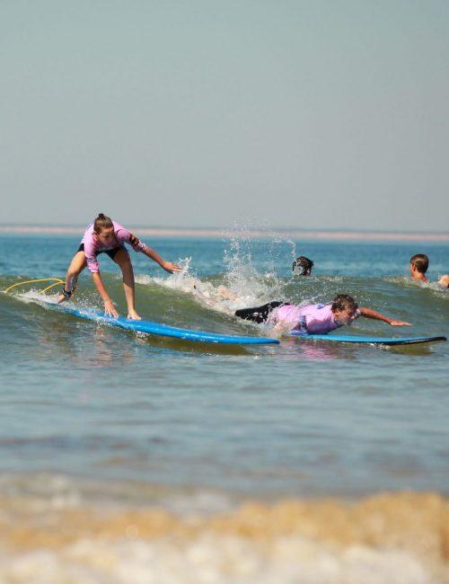 Ré surf, cours de surf pour groupe sur l'île de Ré