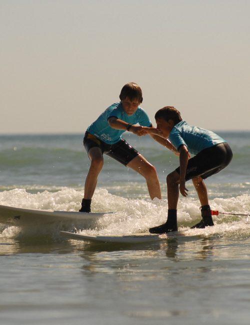 Ré surf, cours en groupe de surf sur l'île de Ré